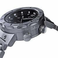 Deepest divers watch 4,000M